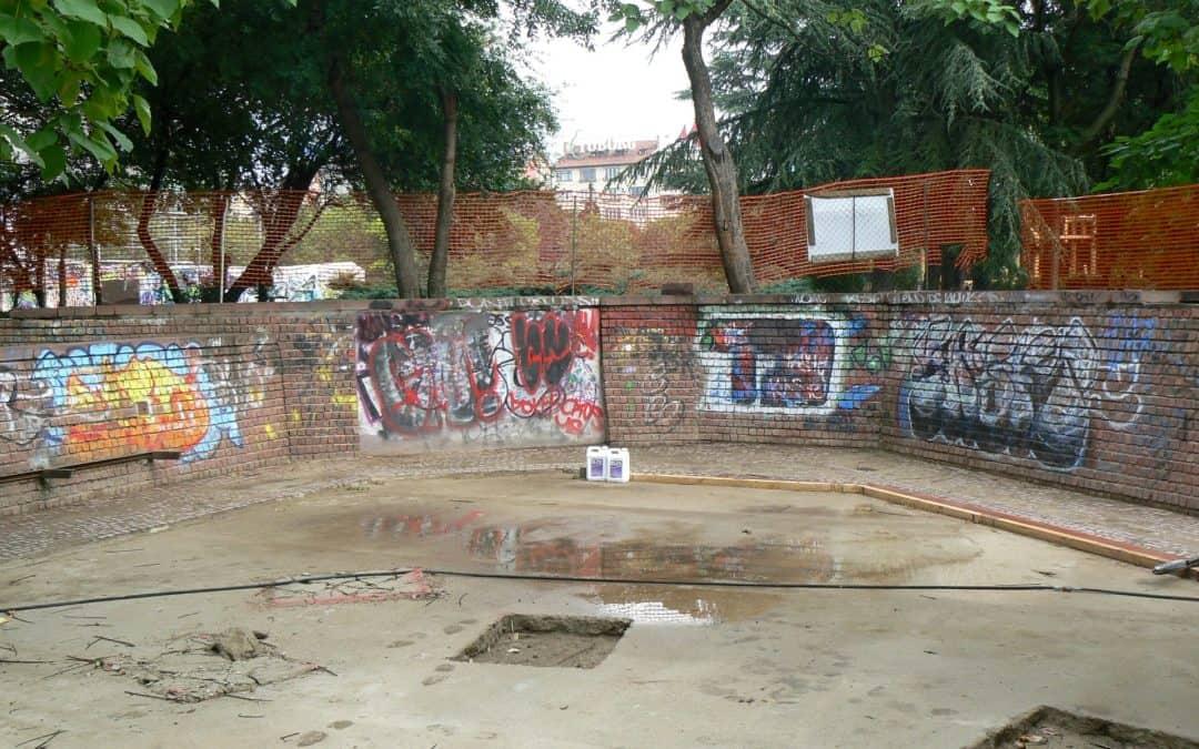 Graffitientfernung und –Imprägnierung von Klinker