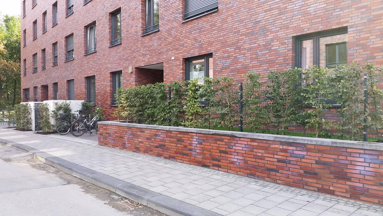 Graffitientfernung und Antigraffiti Klinker Köln 15