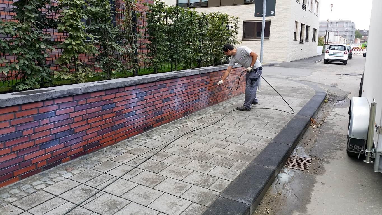 Graffitientfernung und Antigraffiti Klinker Köln 7
