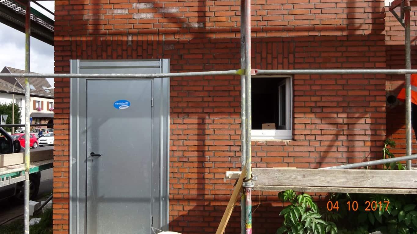 Stopgraffiti Graffitientfernung Fassadenreinigung und Graffitischutz Klinkerfassade 10