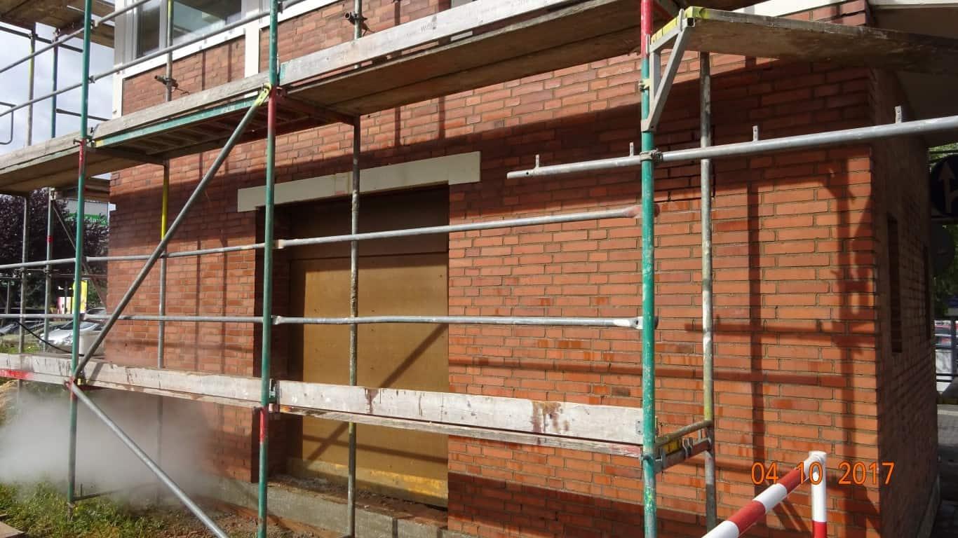 Stopgraffiti Graffitientfernung Fassadenreinigung und Graffitischutz Klinkerfassade 13