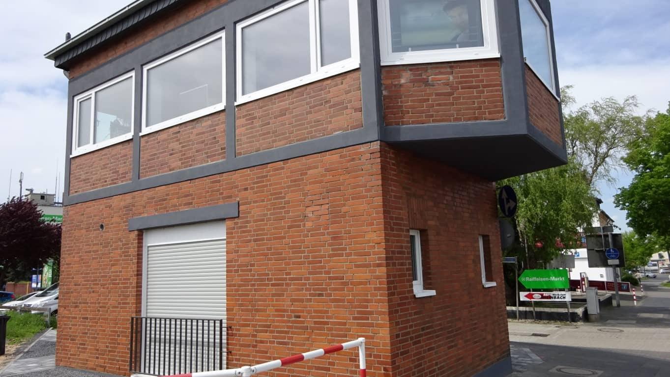 Stopgraffiti Graffitientfernung Fassadenreinigung und Graffitischutz Klinkerfassade 15