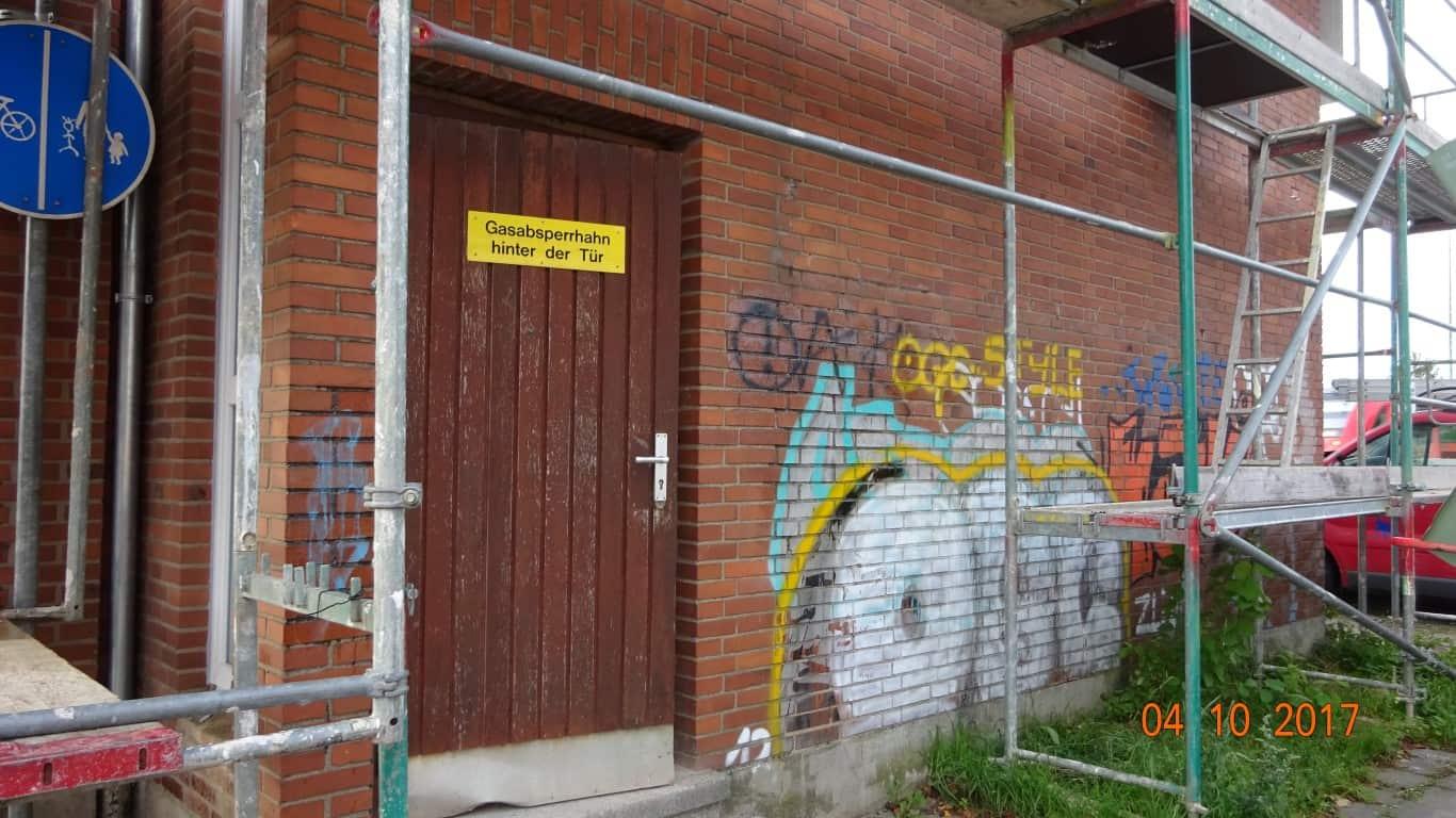 Stopgraffiti Graffitientfernung Fassadenreinigung und Graffitischutz Klinkerfassade 2