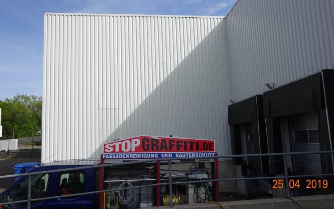 Fassadenreinigung Lagerhalle in Remsched