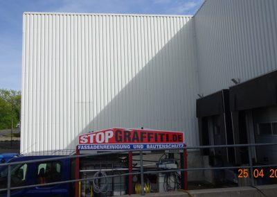 Fassadenreinigung Lagerhalle in Remscheid