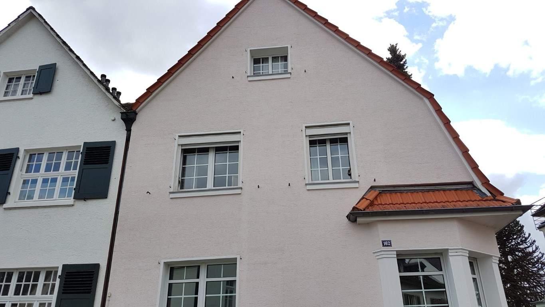 Fassadenreinigung mit Teleskoplanze und Langzeitschutz Imprägnierung in Köln (1)