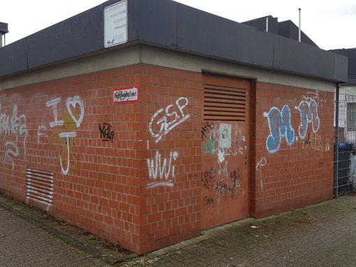 Graffitientfernung auf Klinker in Bergisch Gladbach