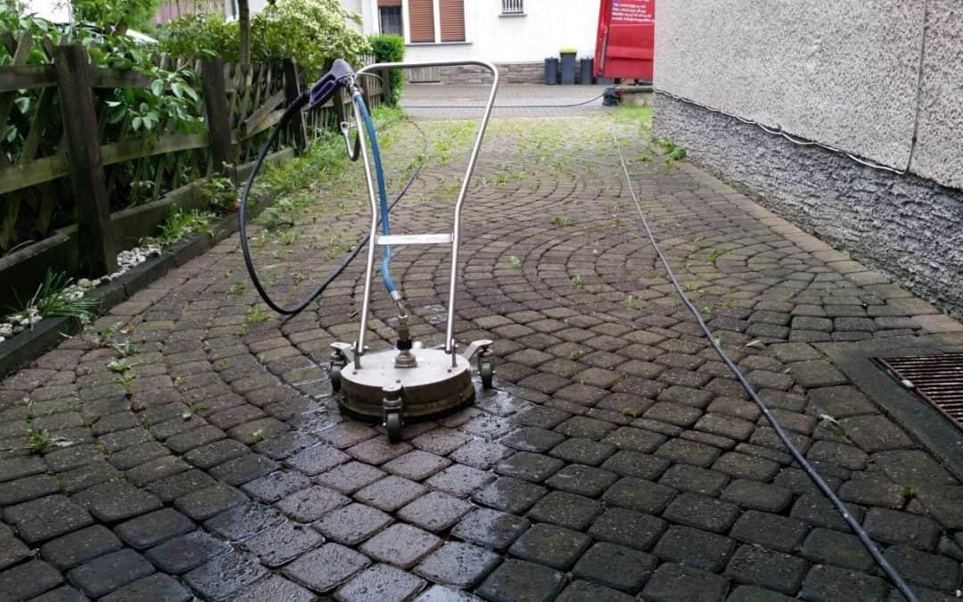 Pflasterreinigung und Langzeitschutz- Imprägnierung in Bergisch Gladbach