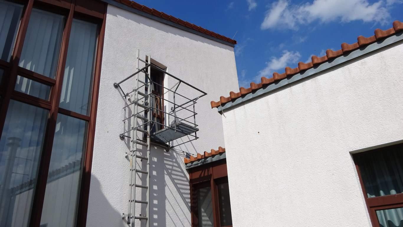 Stopgraffiti Fassadenreinigung und Schutz Bergisch Gladbach (26)
