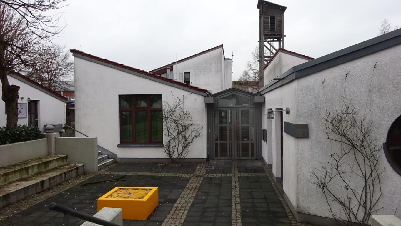 Stopgraffiti Fassadenreinigung und Schutz Bergisch Gladbach (8)
